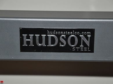 Close-up frame and logo Hudson Steel Co. Squat Stand